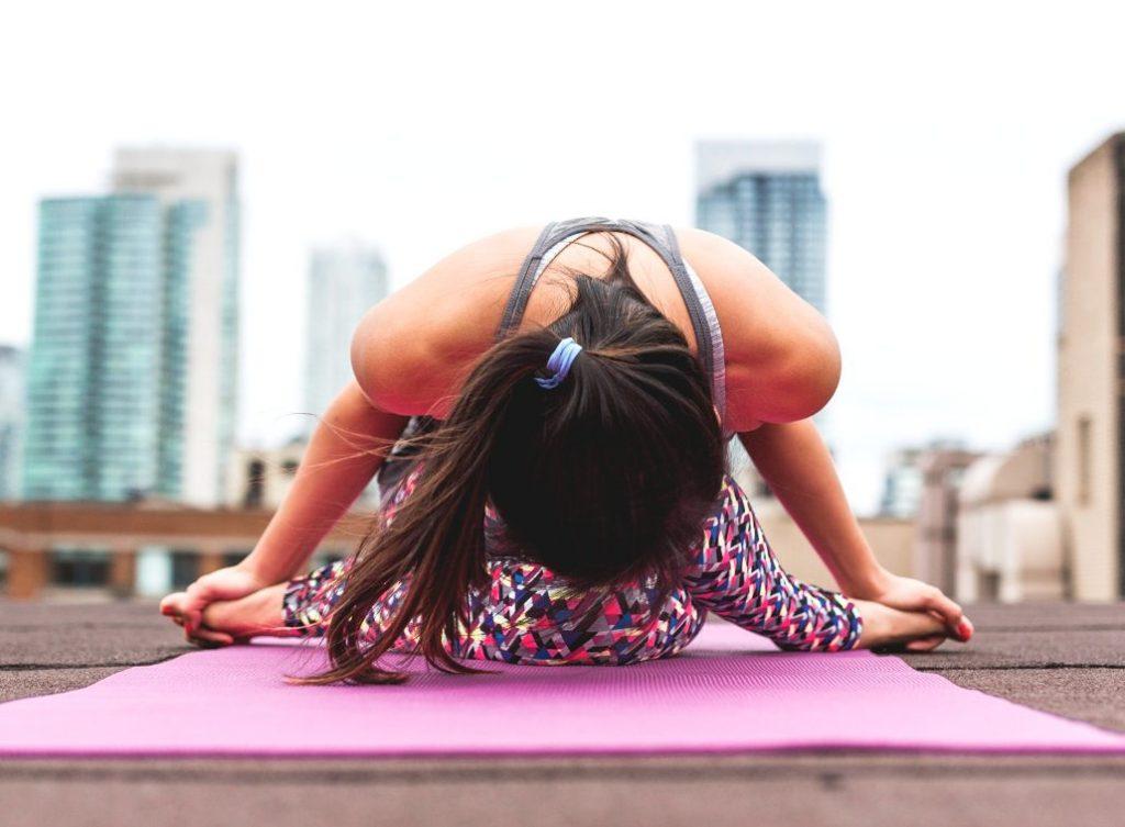 5 beneficios mentales del Yoga